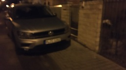 Parkovanie na chodniku