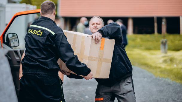 Odovzdanie humanitárnej pomoci