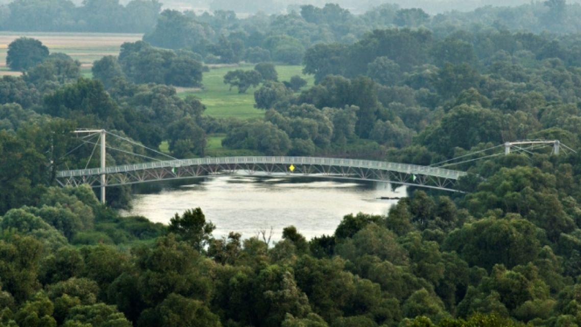 Rakúsko pozastaví prevádzku dvoch hraničných priechodov