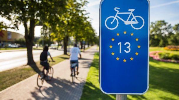 """EuroVelo 13 – Cesta železnej opony sa stala """"Cyklotrasou roku 2021"""""""