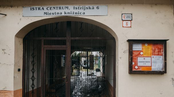 Znovuotvorenie knižnice v novom obmedzenom režime