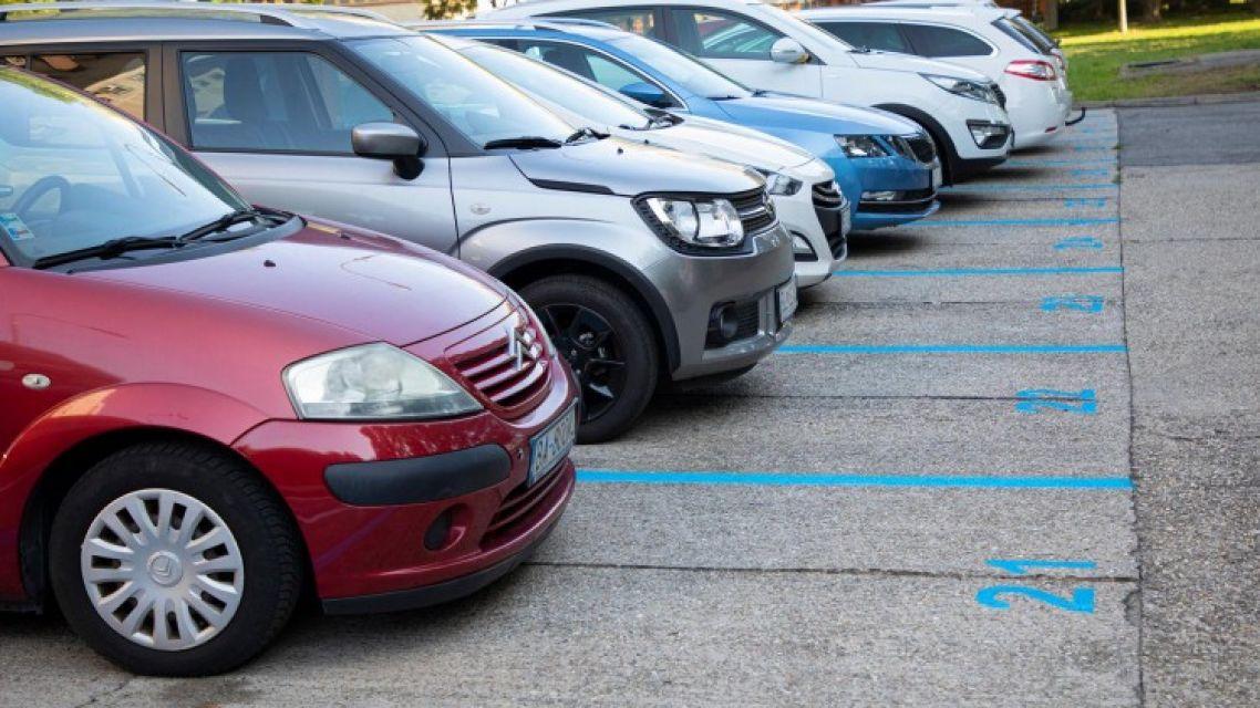 Bratislava schválila novelu parkovacej politiky