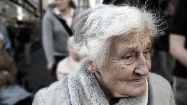 Seniori, pozor na podvodníkov