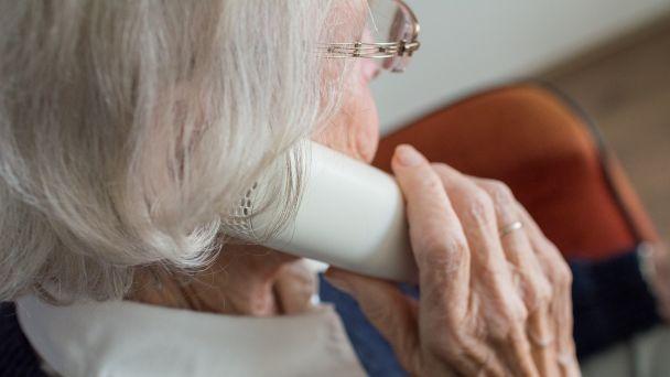 Polícia vyzýva starších ľudí opäť kzvýšenej ostražitosti